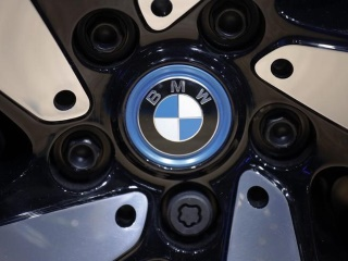 BMW to Phase Out Combustion Engines From Main Plant by 2024