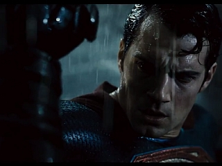 Batman v Superman Trailer Finally Delivers on the Name