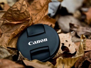 Canon Says Slumping Camera Demand Took Bite Out of Profit