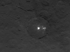 Nasa's Dawn Probe Takes More Photos of Mysterious Bright Spots on Ceres