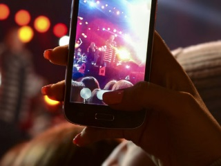 Digital Media Users Spend More Hours Online Than They Sleep: Survey
