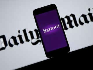 Daily Mail Publisher Says Has Not Submitted Yahoo Bid