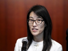 Reddit CEO Ellen Pao Resigns in Fresh Sign of Turmoil