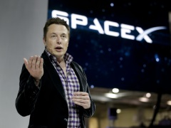 Elon Musk Gets Fresh Challenge With Nasa's Manned Spacecraft Contract