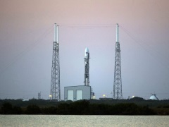 Glitch Delays Launch of SpaceX Rocket With US Weather Satellite