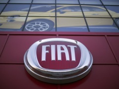 Fiat Recalls 42,935 Sedans in China Due to Problem With Gearshift System