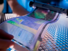 Soon, Flexible and Paper-Thin Displays With LE-OFETs Technology: Study