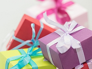Diwali Gifts Shopping Guide: Best Ideas Between Rs. 10,000 and Rs. 15,000