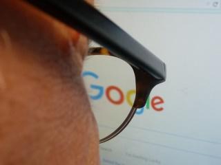 गूगल पर अब सस्ते फ्लाइट व होटल ढूंढना हुआ और आसान