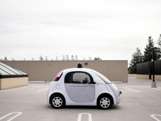 Self-Driving Cars Not Ready for Deployment, Says Robotics Expert