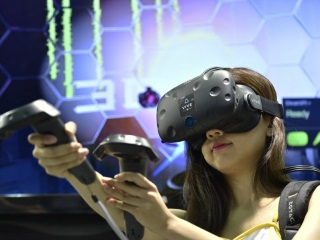Believe the Hype? How Virtual Reality Could Change Your Life