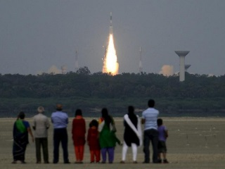 Isro to Challenge Elon Musk, Jeff Bezos With Record Launch