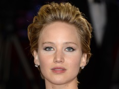 Apple, FBI Investigating Leak of Nude Photos of Jennifer Lawrence and Other Celebrities