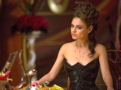 If You're a Matrix Nerd, You Need To Watch Jupiter Ascending