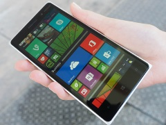 Lumia 830 With 10-Megapixel PureView Camera Launched at IFA