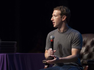 What a Creepy Photo of Mark Zuckerberg Says About Our Dystopian Tech Future