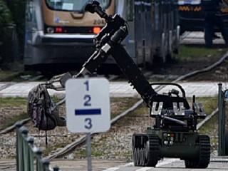 US Pentagon Says No Plans for Killer Military Robots, Yet