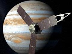 Nasa Says Jupiter's Largest Moon Ganymede Definitely Has an Ocean