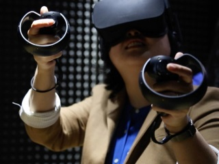 Low-Cost VR Headsets Will Boost Virtual Reality in India