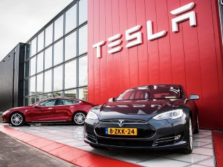 Tesla Races Into Third Position in Innovation Survey