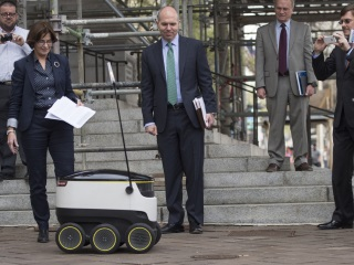 Driverless Delivery Robots Could Hit Sidewalks Soon