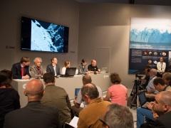 Scientists Plan Risky Move to Get Rosetta Spacecraft Nearer Comet