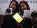 Samsung Galaxy Camera vs Nikon Coolpix S800C