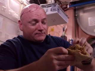 Nasa Releases 'Metabolomics: You Are What You Eat' Video
