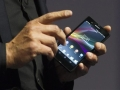 Japan's fad-loving consumer threatens to derail Sony's phone ambitions