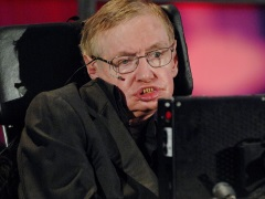 Stephen Hawking May Be A Genius, But He Can't Explain Donald Trump