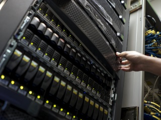 Thai Hard Disk Drive Exporters See Silver Lining in Cloud Storage, For Now