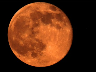 Watch Out For Rare 'Supermoon' Lunar Eclipse Tonight, Next in 2033