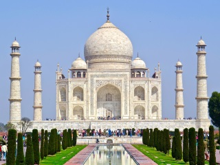Online Tickets for Night Visit to Taj Mahal Soon