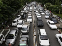Uber Faces Tough Rivals, Regulatory Glare in China