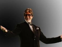 अमिताभ बच्चन के साथ यह युवा प्रशंसक कौन है? पहचान तो आप गए होंगे