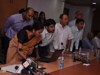 Commerce Ministry Launches 'Twitter Seva' for Grievances, Queries