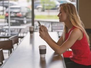 Smartphone Proliferation Creating Etiquette Challenges