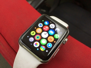 Apple Watch Review: The Smartwatch You Want, Not the One You Need