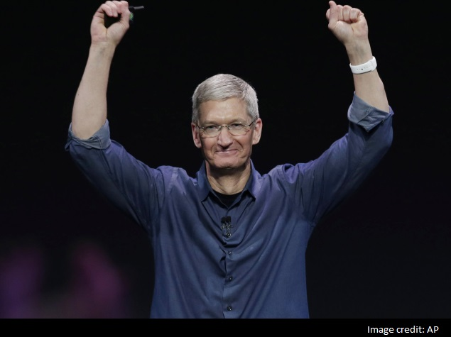 Apple Chief's Decision to Come Out 'Will Resonate'