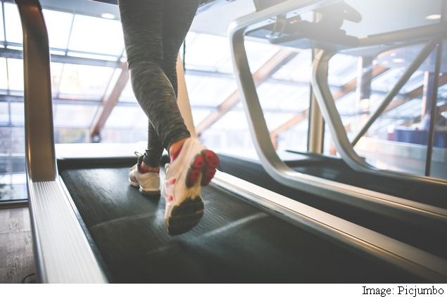 Just An Hour On Treadmill May Boost Metabolism For Two Days: 5 Herbs And Spices That May Help Too
