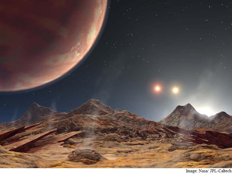 Jupiter-Sized Planet Found in Triple-Star System