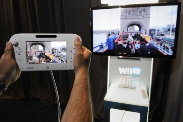 Women pry open door to video game industry's boys' club
