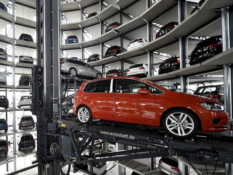 Major Automakers Pledge Auto Emergency Braking for New Cars in the US