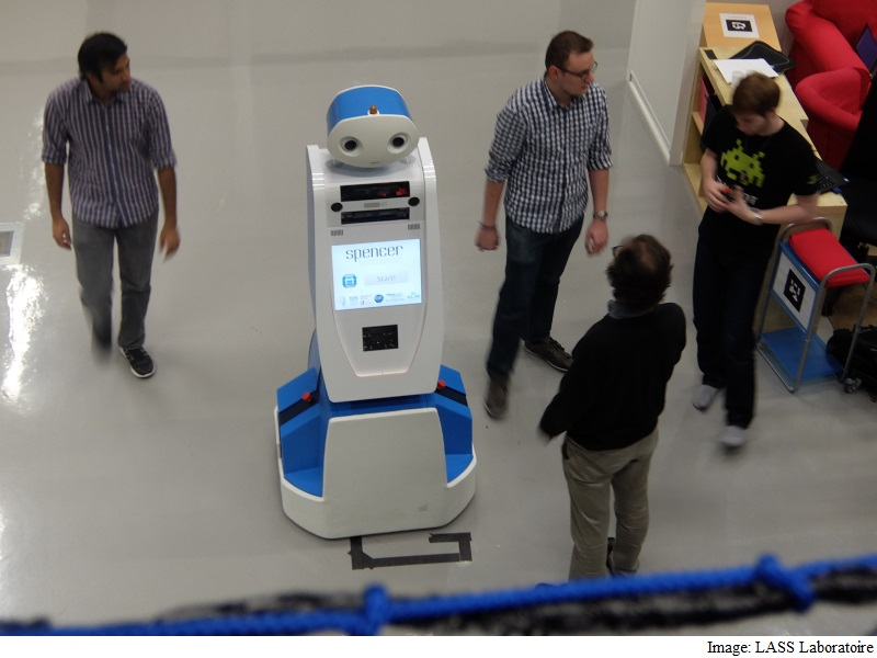 Robot to Help Passengers Find Their Way at Schipol