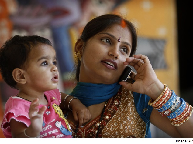 DoT Tells Telecom Operators to Submit Report on Call Drop Issue by July 31