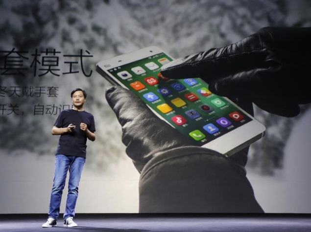 Xiaomi Tests Selling Phones in Stores to Boost India Sales
