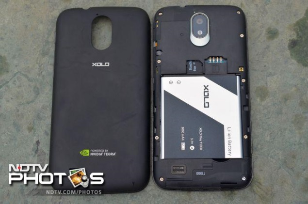 xolo-play-t1000-removable-back.jpg