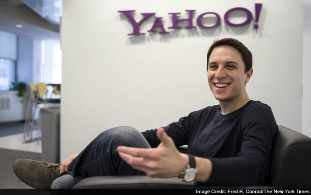 Mayer tries to infuse Yahoo with startup game
