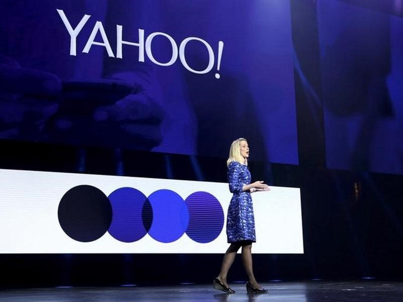 Yahoo Board Said to Consider Marissa Mayer's Future, Sale of Internet Business