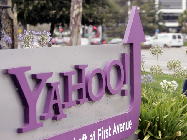 Yahoo to Spin Off Small Business Unit With Alibaba Stake